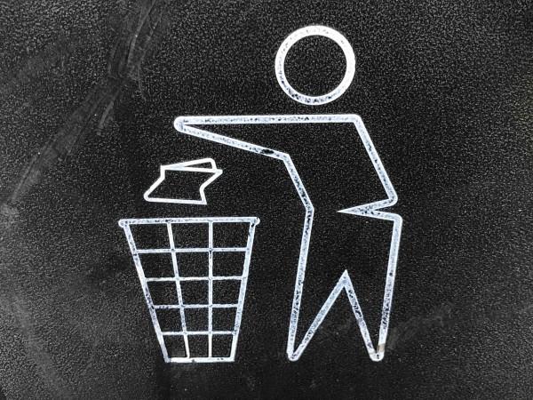 Abfall (365 Tage Lizenz) Russisch
