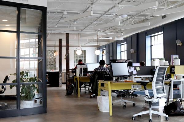 Büroarbeitsplatz (365 Tage Lizenz)